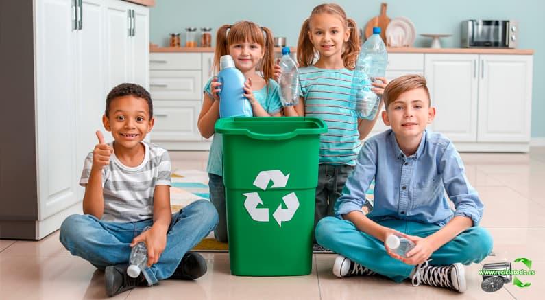 Enseñar niños reciclar