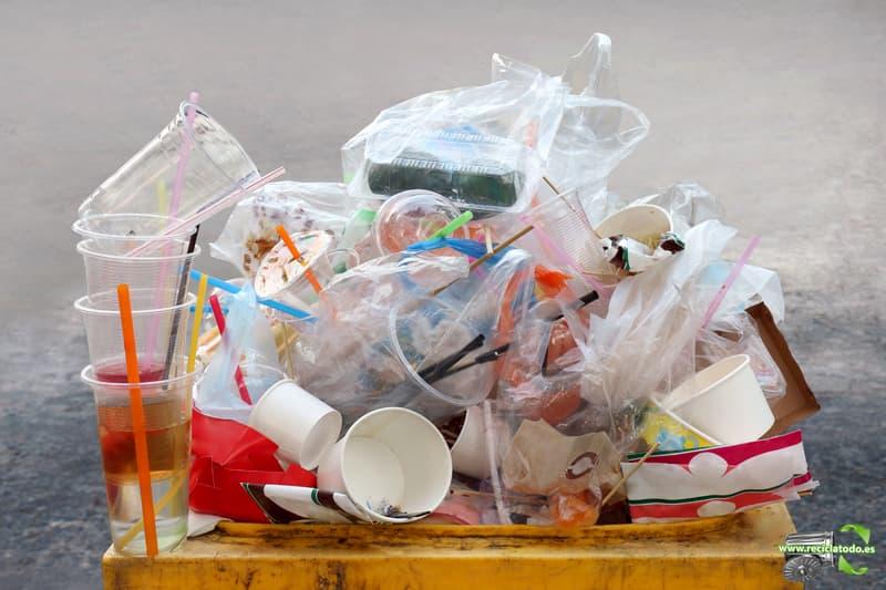 diferenciar plásticos verdaderos